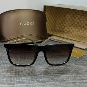 Gucci Polarized Sunglasses with box